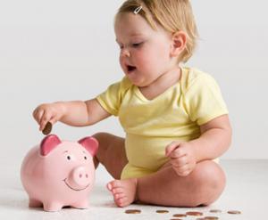 Para biriktiren bebe büyük adam olur